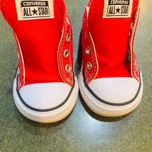 Toddler converse size 5C red